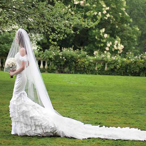 venčanice - Page 3 Dylan+Lauren%2527s+tiered+bridal+dress