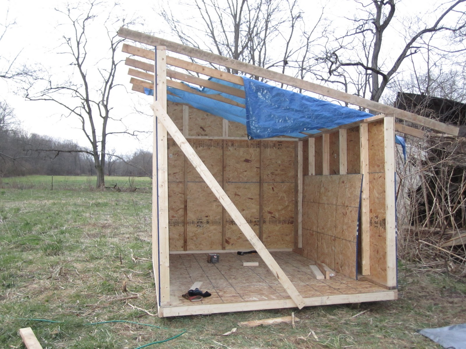 how to build a pump house shed | Discover Woodworking Projects