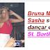 Bruna Marquezine e Sasha se acabam de dançar em boate em St. Barth   Dupla foi fotografada enquanto dançava em cima de uma    mesa durante noitada na ilha caribenha.