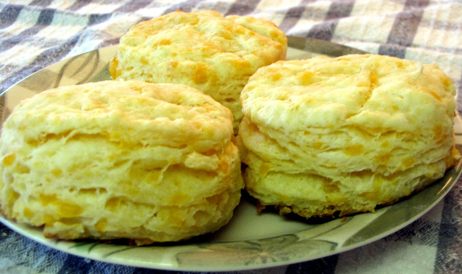 Baking Powder Cheese Biscuits