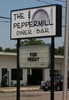 The Peppermill Diner and Bar Sign