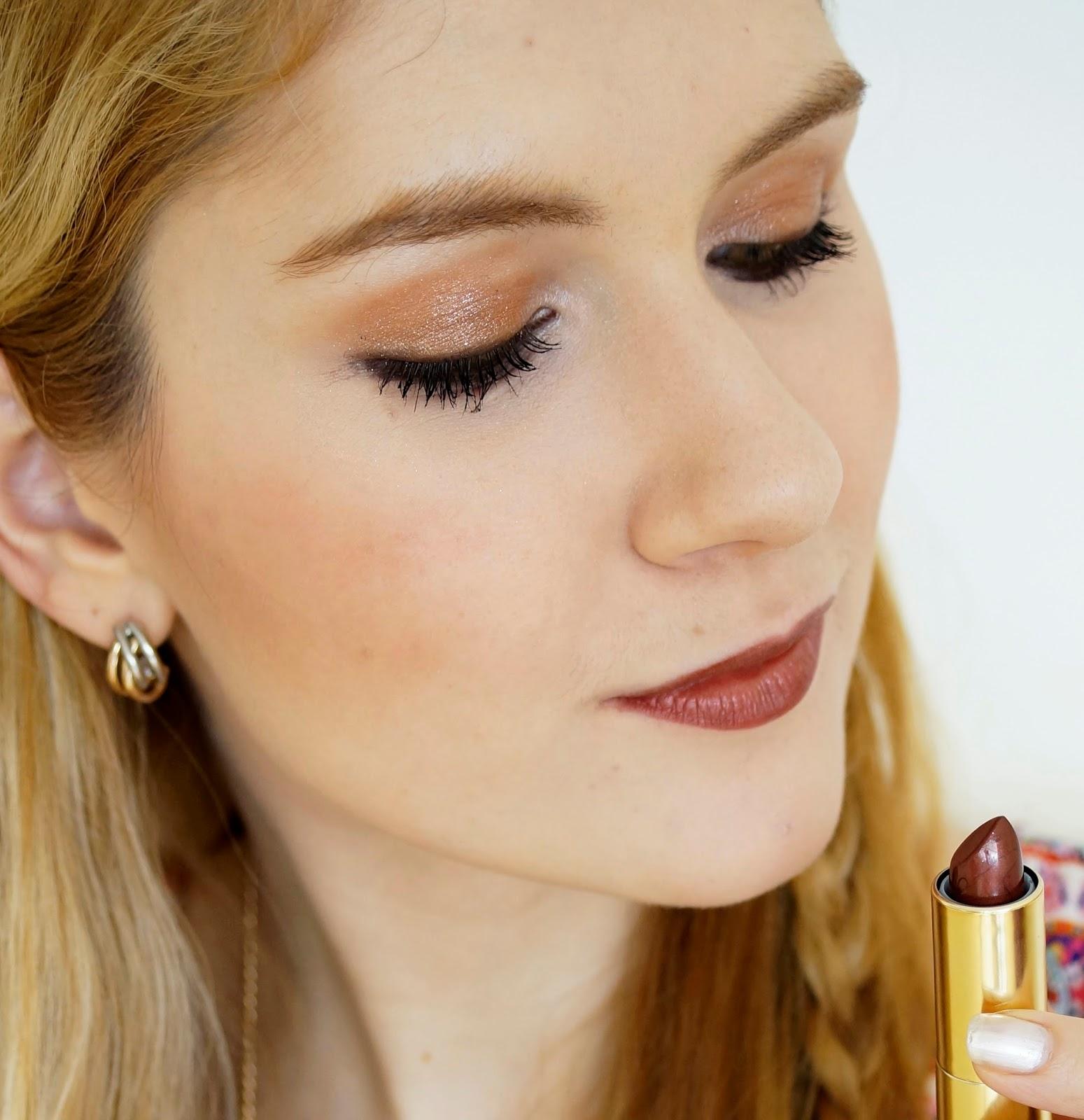 Bronze Eyeshadow Makeup
