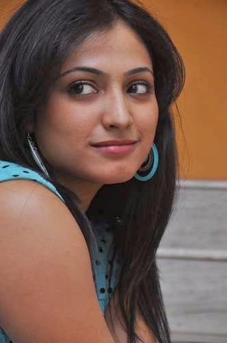 Hari Priya New Photos Stills Gallery