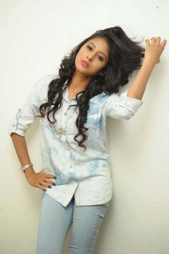Actress Sushma Raj New Photo Gallary
