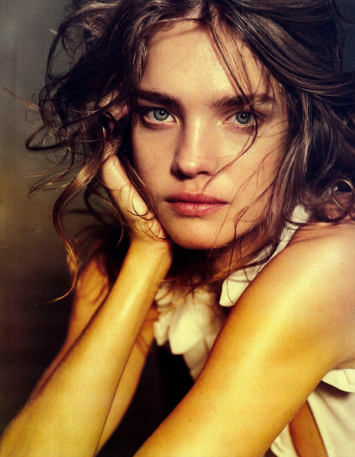 http://3.bp.blogspot.com/-XWCqFdr8QVE/Tka7IFuNaZI/AAAAAAAABs8/aGIBIY57SmU/s1600/Natalia+Vodianova+%252811%2529.jpg