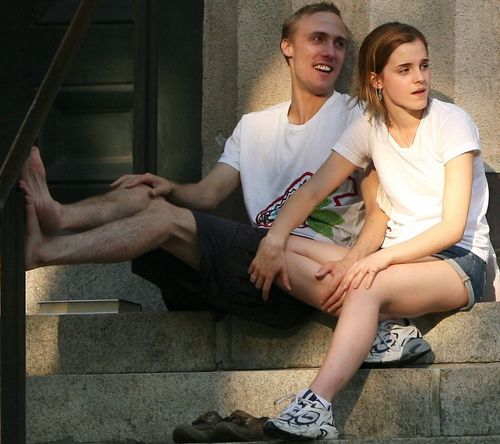 """emma dating Harry potter actress emma watson has found love again with her very own tech wizard the star is dating a handsome us ivy league graduate who's a whiz with a computer she has been seeing william knight, who describes himself as a """"tech and business entrepreneur"""", for four months and [more."""