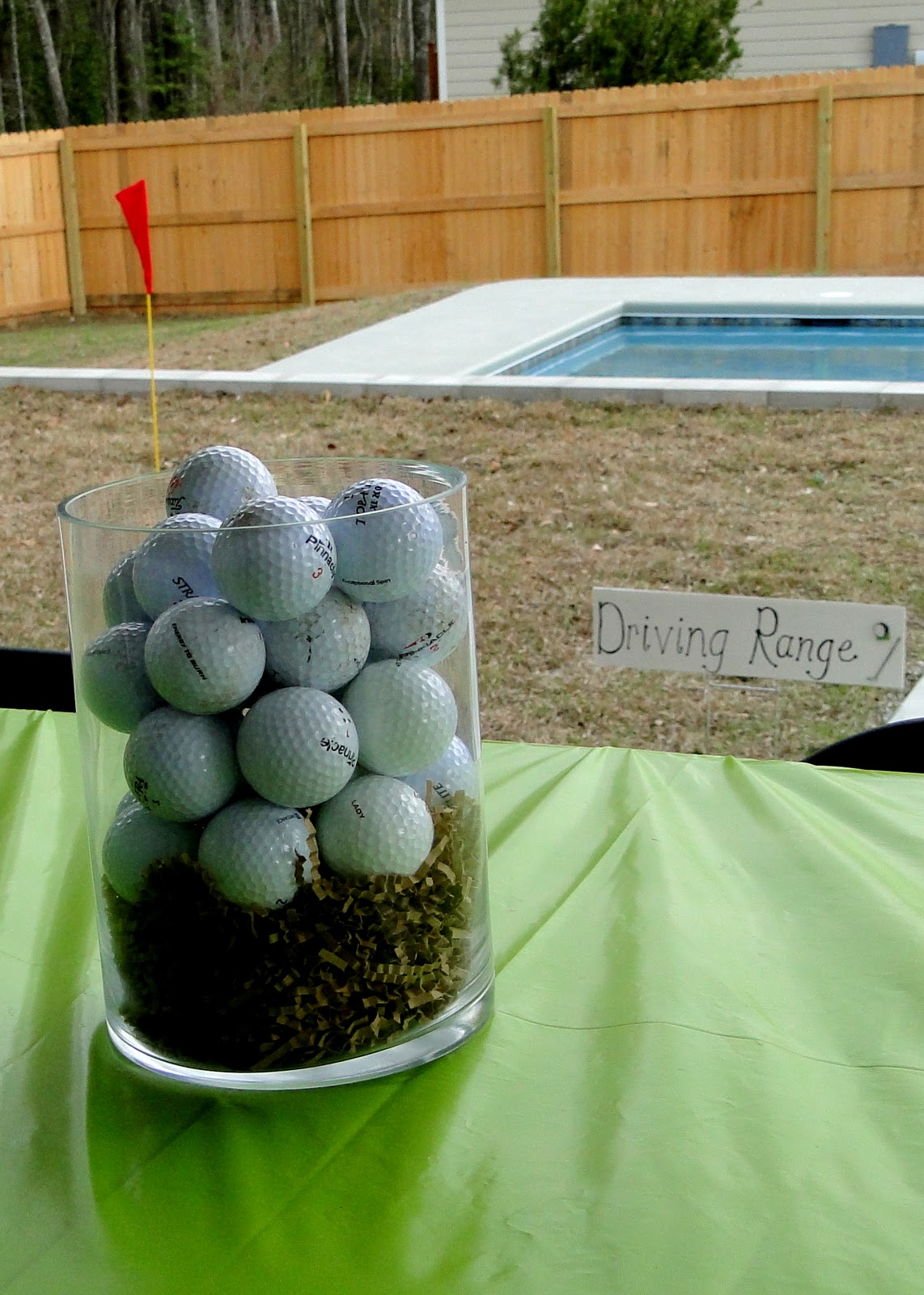 The journey of parenthood golf party decor for Golf centerpiece ideas