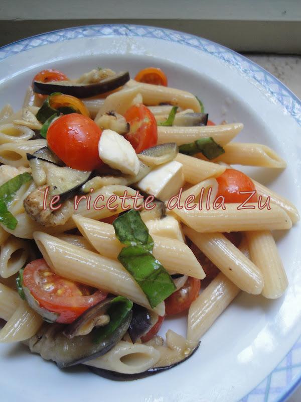 Ricetta di pasta con melanzane e pomodorini