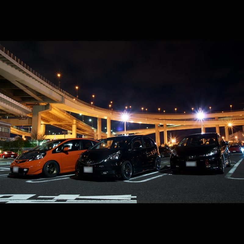 Honda Fit/Jazz, japoński samochód, motoryzacja, jdm, zdjęcia, fotki, photos, tuning, nocna fotografia, samochody nocą, po zmroku, auto