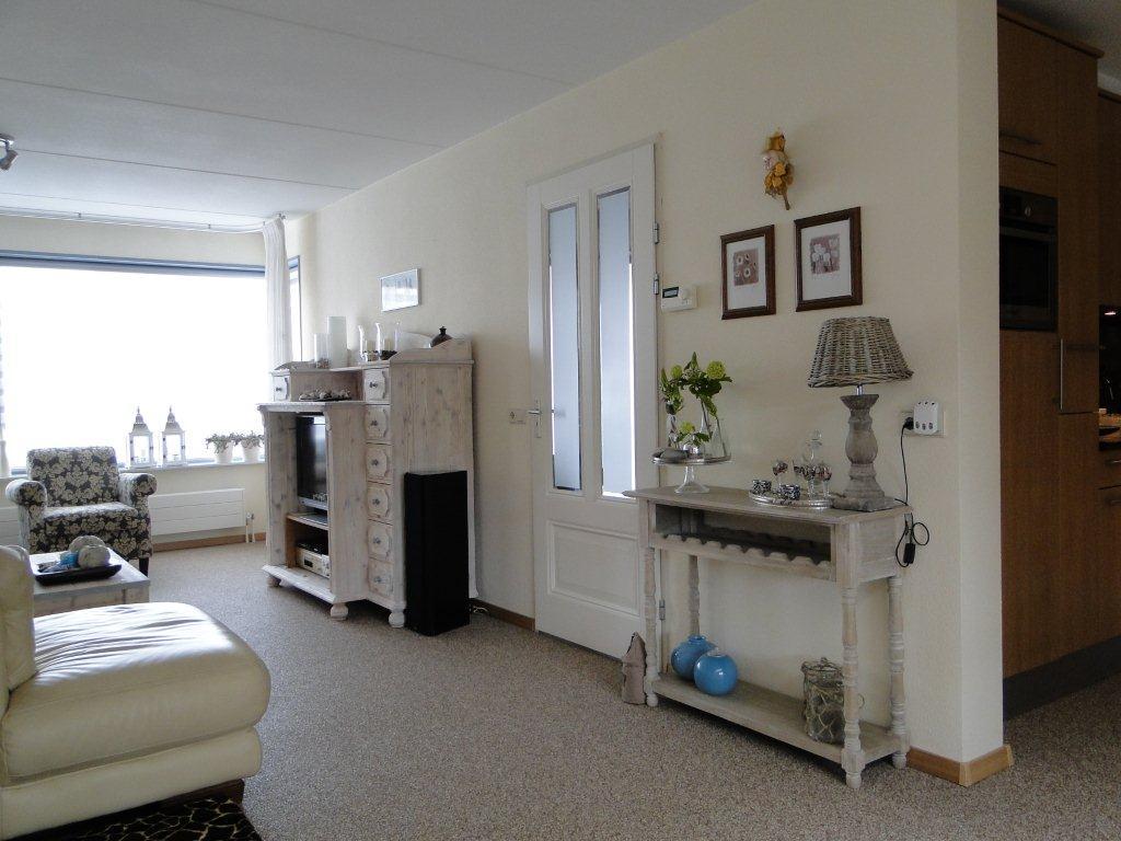 Eiken Keuken Behandelen : Meubelrenovatie Renovatie van grenen meubelen