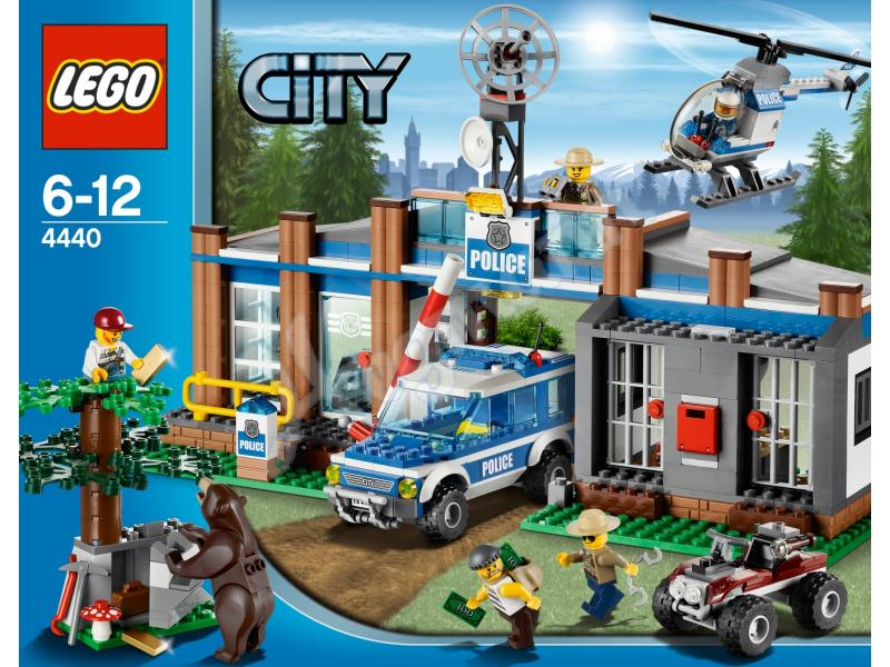 Fighting Crime in Legoland: Tribute to Lego Police | Lego ...