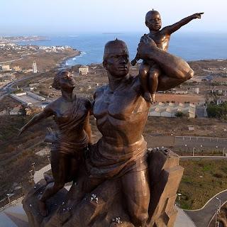 Monumento al Renacimiento Africano