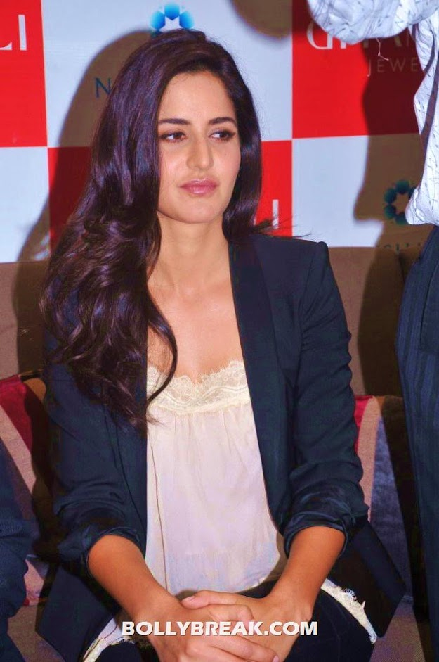 Katrina Kaif beautiful pic 2012 - (9) -  Katrina Kaif Hyderabad Pics - July 2012