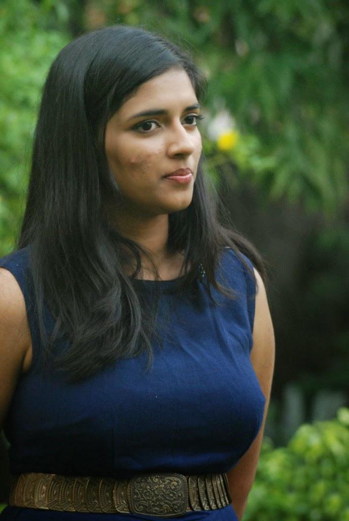 Vasundhara Casual Sexy Look