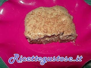 http://www.ricettegustose.it/Semifreddi_e_gelati_1_html/Tiramisu_con_biscotti_pan_di_stelle.html