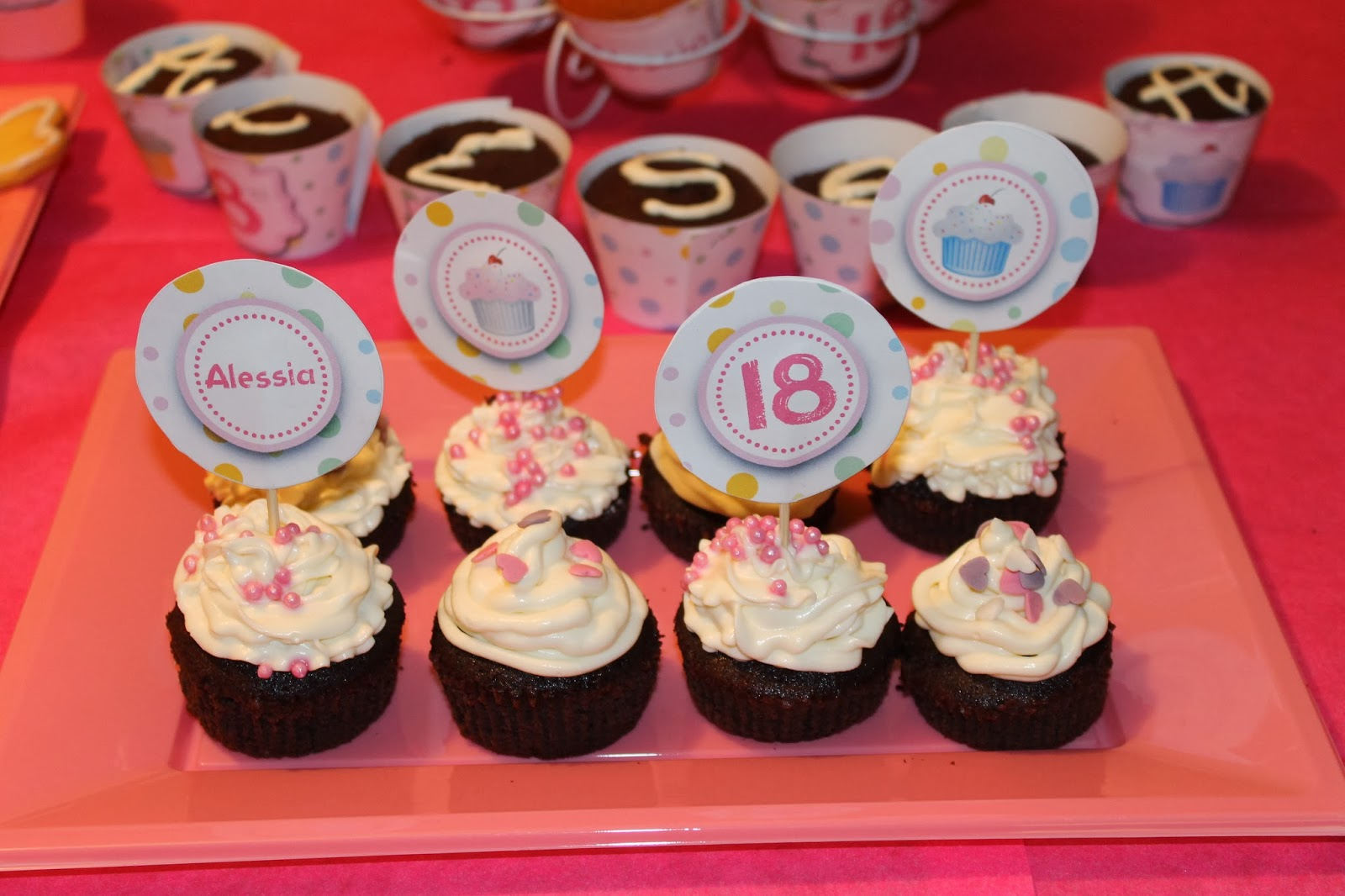 Populaire Love for Details: 18 ANNI CON DOLCE SORPRESA - 18TH BIRTHDAY WITH  YD99