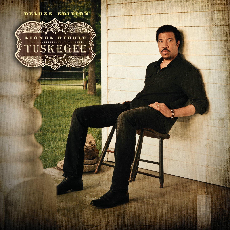 http://3.bp.blogspot.com/-XYAUBrlO8Uk/T7-gObHatnI/AAAAAAAACdQ/X2u-n1wOX-U/s1600/lionel-richie-tuskegee-countrymusicrocks-net_.jpg