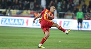 Nordin Amrabat resmen Galatasaray'da..