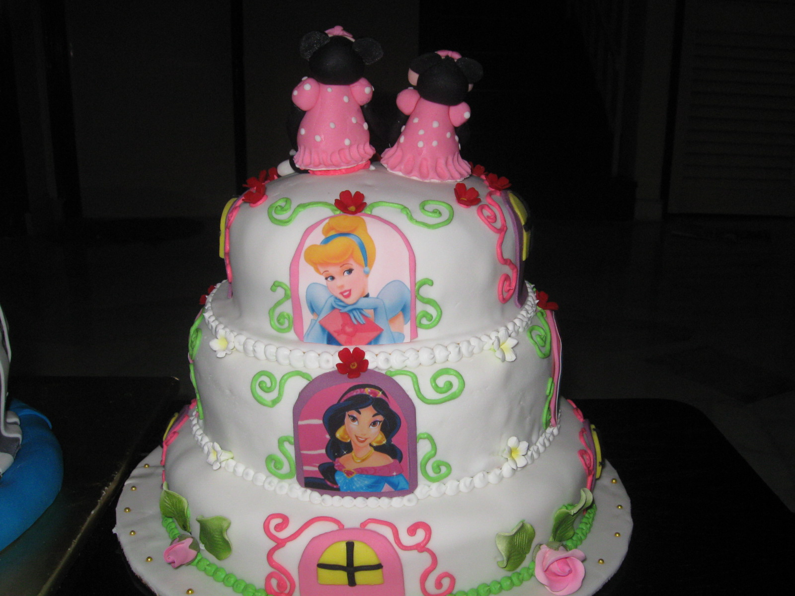 3d Minnie Mouse Cake Ideas And Designs