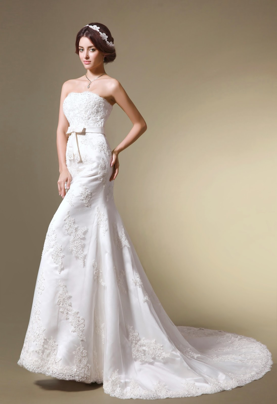 http://www.jueshegowns.co.uk/classic-lace-appliqued-mermaid-trumpet-strapless-wedding-dress-with-belt-jswd0227.html