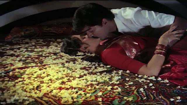 Bollywood B grade Movie Hot First Night Bed Scene