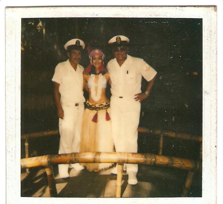 César Rivera - Hawaii - Foto con una Hawaiana - Año 1985