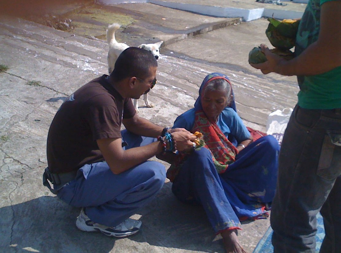 street hindu singles 5 powerful prayers for singles many people seem to think their prayers don't matter even people who believe in the power of prayer don't always think about how they can use those prayers to personally effect a situation yet, the bible tells us, the prayer of a righteous man is powerful and effective (james 5:16) with that verse in mind.