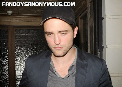 R Patz Twilight actor Robert Pattinson defeated in Glamour magazine worlds sexiest men poll