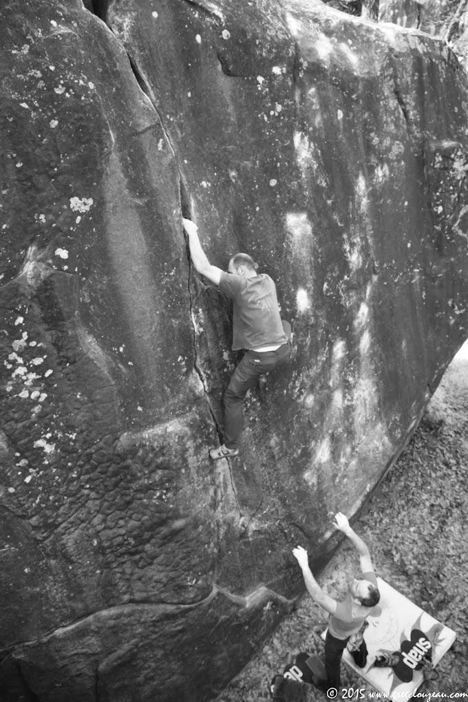Fissure Prestat, 3+, Bas Cuvier, Fontainebleau (C) 2015 Greg Clouzeau