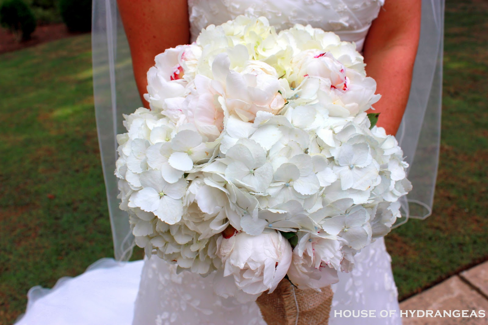 Wedding Flowers With Hydrangea : Wedding bouquets hydrangea