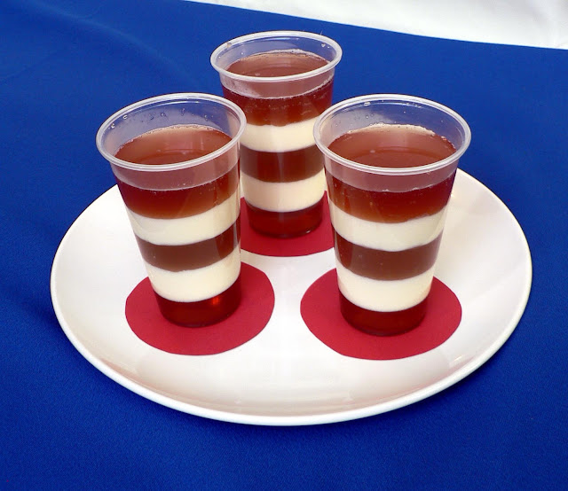 Cat in the Hat Jell-o Snack recipe