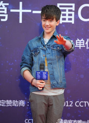 Greyson Chance waving to fans in Beijing China
