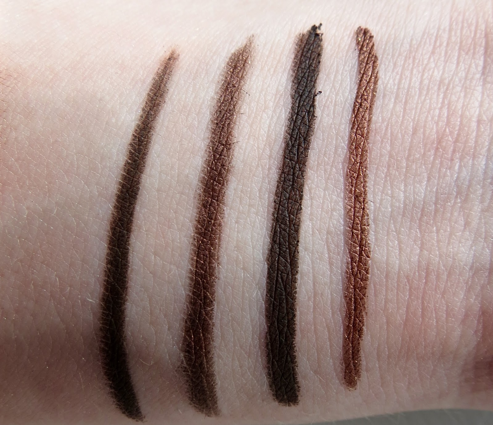 Laura Lucie: MY FAVOURITE BROWN EYELINERS