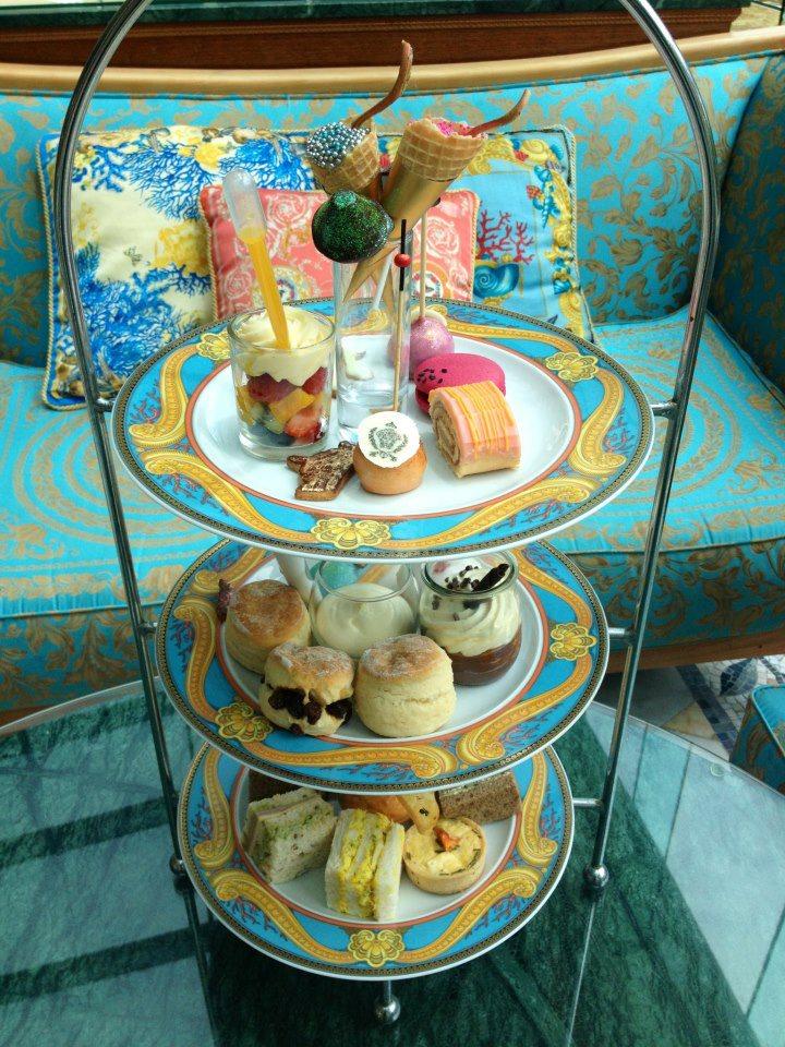 Andrea janke finest accessories my fashionista high tea for Le jardin high wine