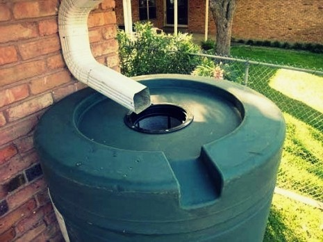 Como almacenar agua de lluvia en bodegajes - EL BOOM INMOBILIARIO