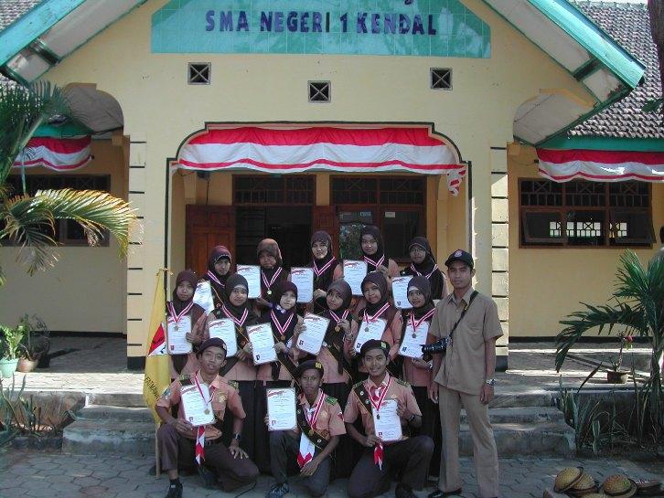 Selamat Datang di Blog SMA Negeri 1 Kendal Ngawi: September 2012