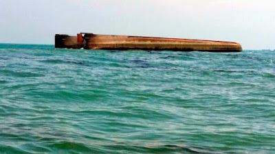 Kapal Korek Karam di Tanjung Punggai Kota Tinggi Johor