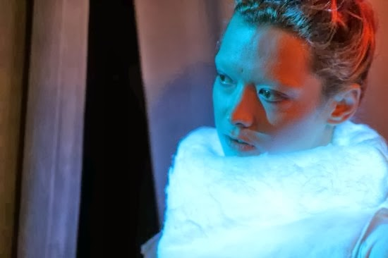 High-Tech Sweater Displays Wearer's Emotions via Integrated LED Lights