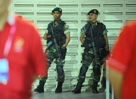 IV, Kota Baharu ketika perlawanan bola sepak antara Johor Darul Takzim
