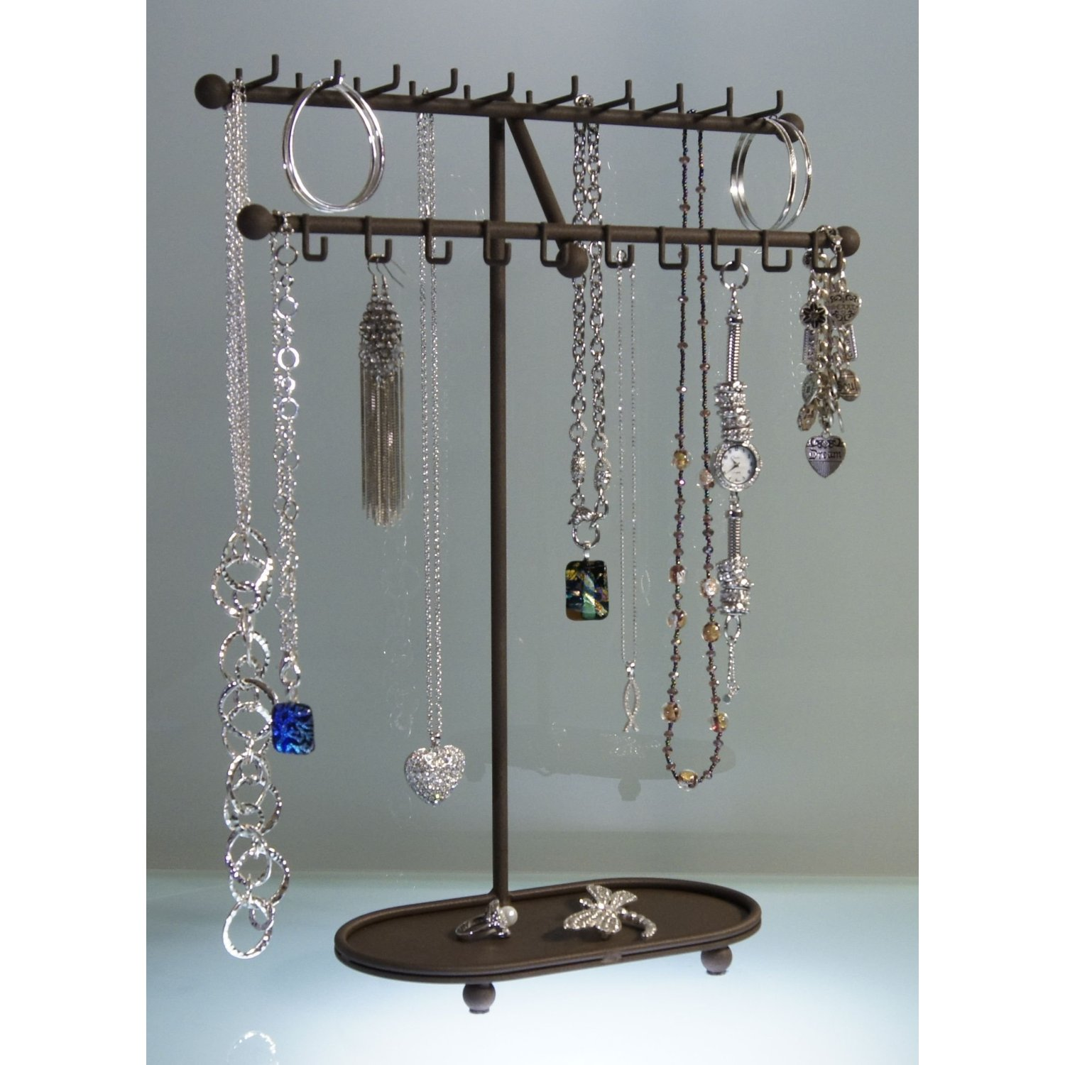 hanging jewelry organizer it has grown on me