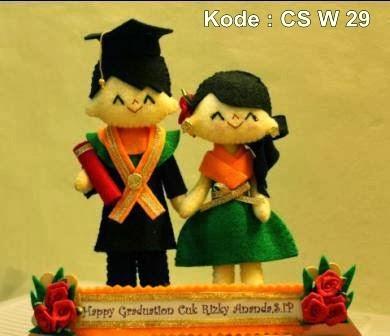 Semarang padang medan bekasi boneka wisuda souvenir kado hadiah pacar