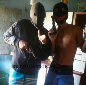 Polícia divulga fotos compartilhadas pelos detidos na operação 'ZAP ZAP'