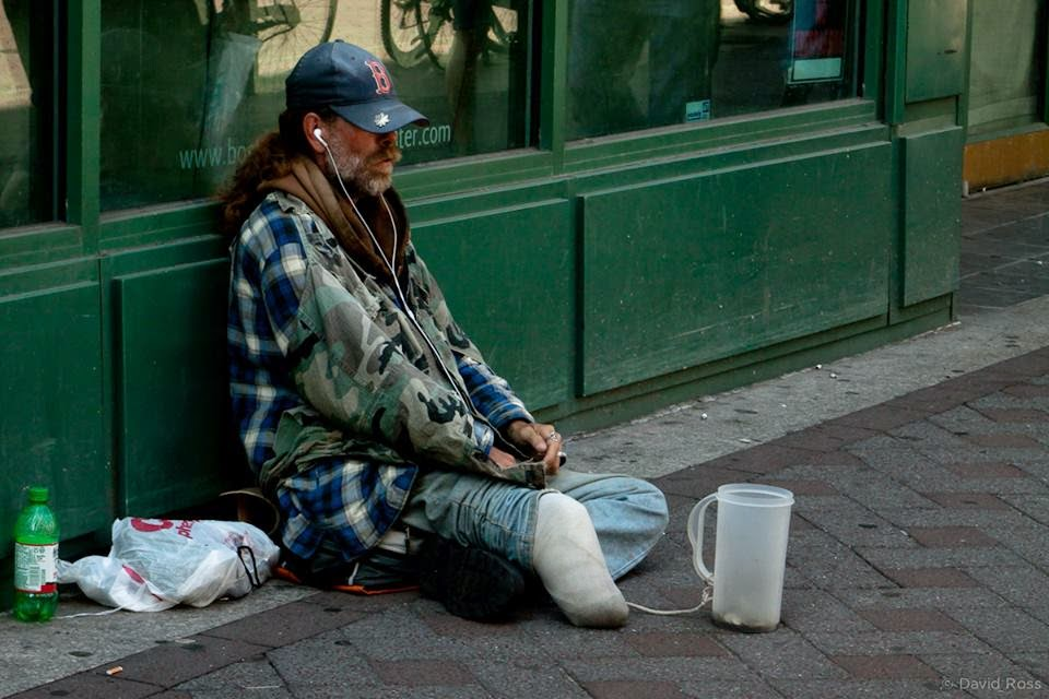 HELP A HOMELESS VETERAN NOW,PLZ DONATE