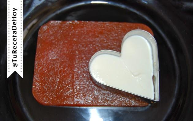 como hacer canapes dulces con forma de corazon