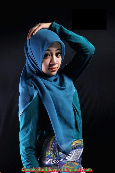 Model+Berjilbab+%2812%29 Cewek Alim Cantik, Foto Model Berhijab, Eh Ternyata Bispak??