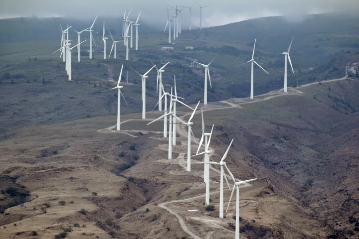 Wind farm in Hawaii. (Credit: Wikipedia) Click to Enlarge.