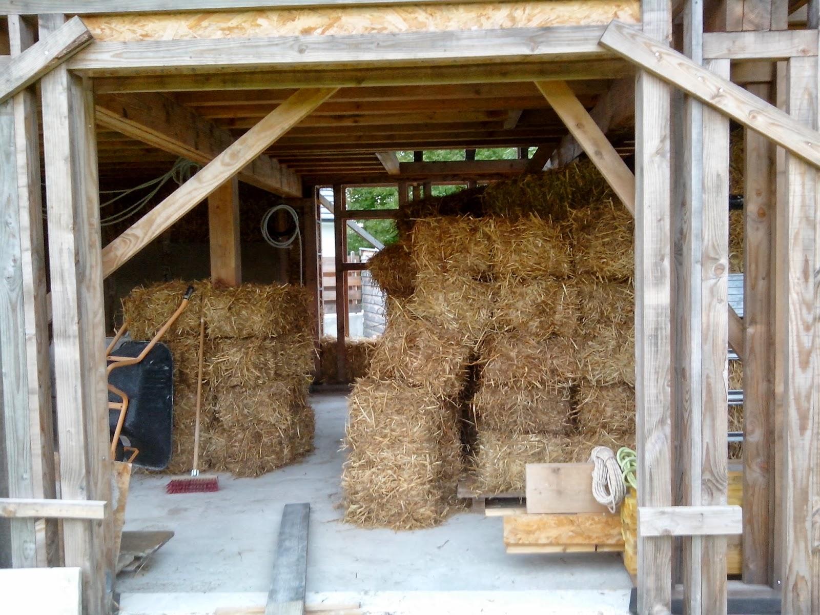 Autoconstruction bois et paille en vall e d 39 ossau 64 for Autoconstruction paille