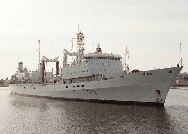 HMCS Protecteur (A 509)