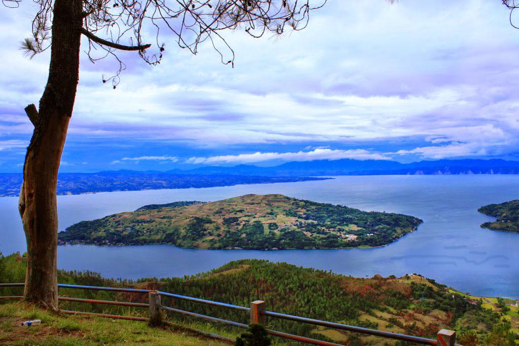 Image result for danau toba beautiful