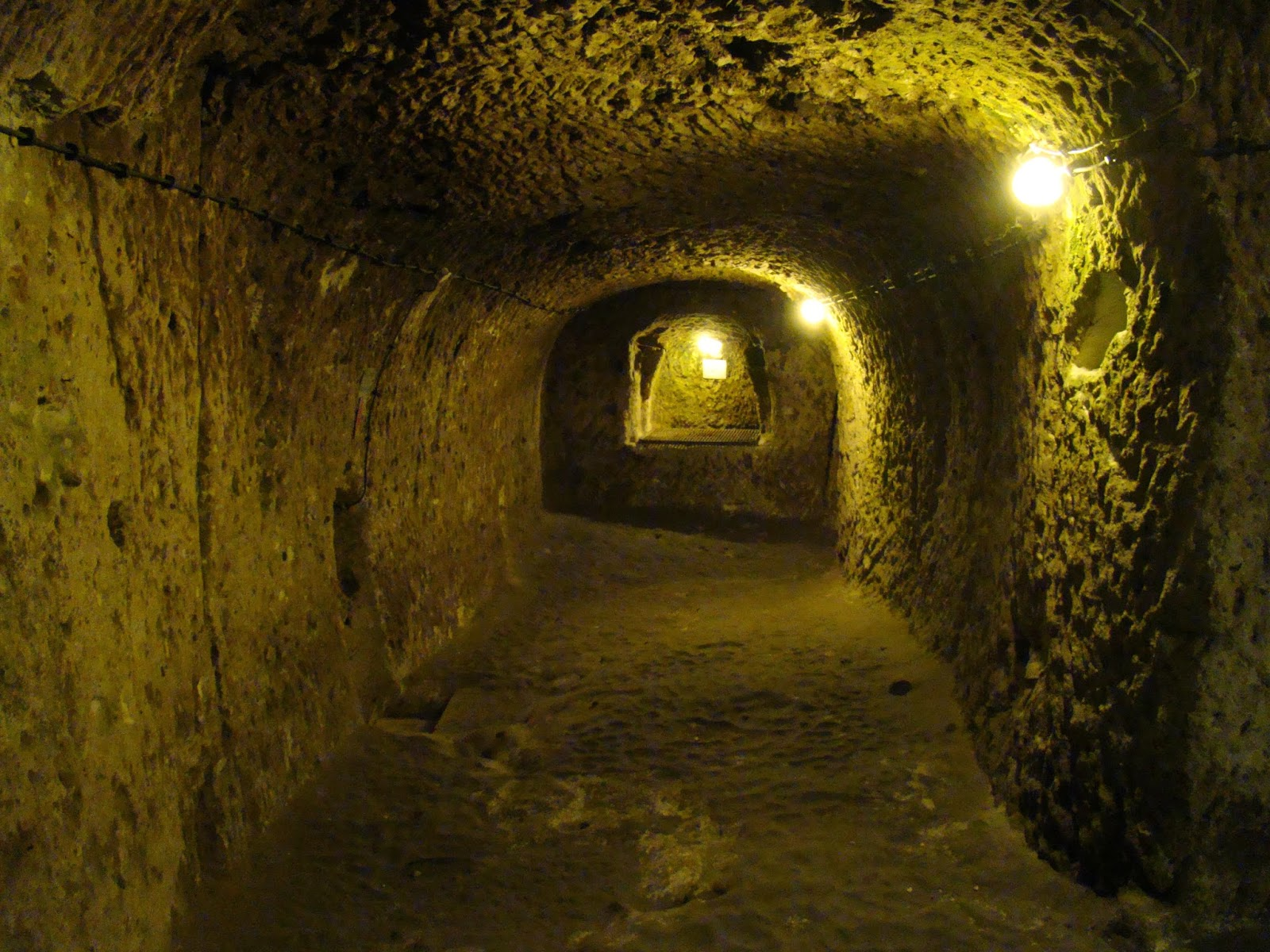 Derinkuyu Underground City passage